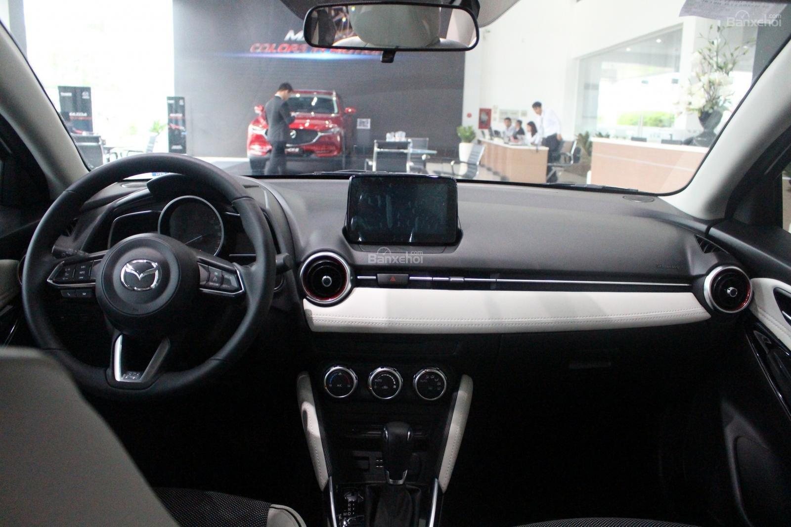 Bán Mazda 2 1.5 AT 2019, xe nhập nguyên chiếc, LH 0941 322 979 [Mazda Bình Triệu] (3)