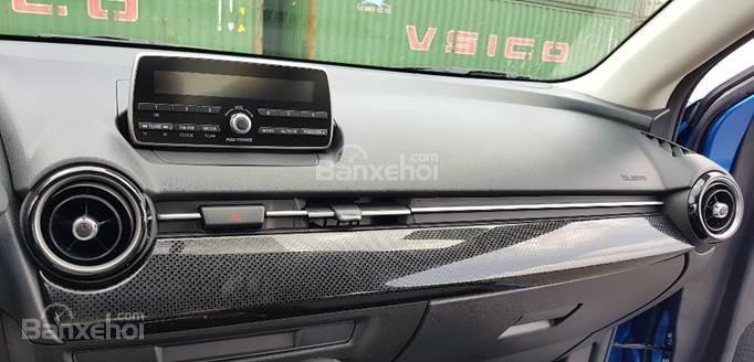 Bán Mazda 2 1.5 AT 2019, xe nhập nguyên chiếc, LH 0941 322 979 [Mazda Bình Triệu] (5)