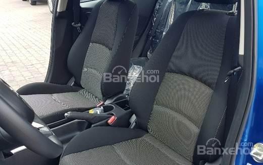 Bán Mazda 2 1.5 AT 2019, xe nhập nguyên chiếc, LH 0941 322 979 [Mazda Bình Triệu] (4)
