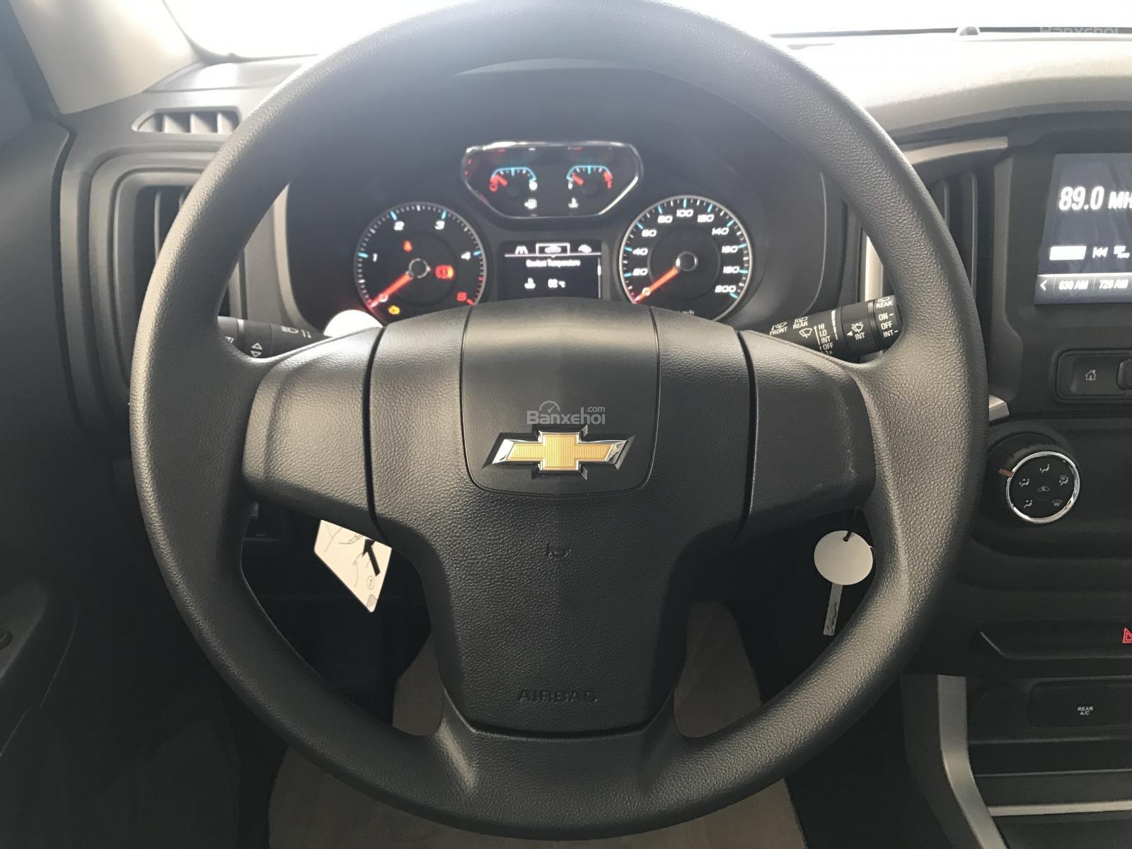 Bán ô tô Chevrolet Trailblazer 2.5L VGT 4x2 AT LT sản xuất năm 2018, màu đỏ, nhập khẩu, ưu đãi 30 triệu T12/2018-6
