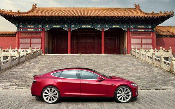 Tesla chỉ bán được 200 xe vì Mỹ - Trung căng thẳng.