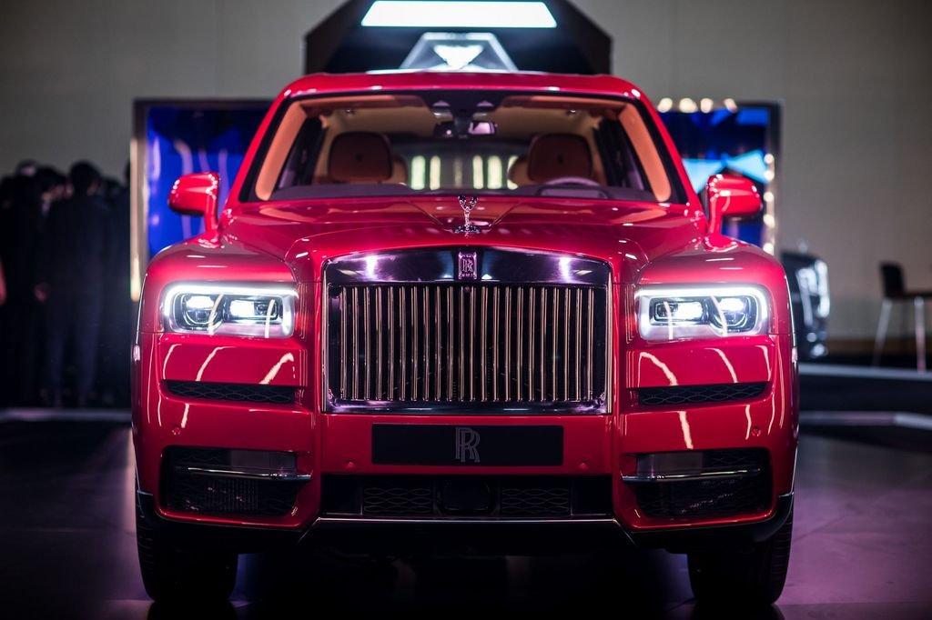 SUV Rolls-Royce Cullinan chốt giá 23 tỷ đồng tại Thái Lan a2