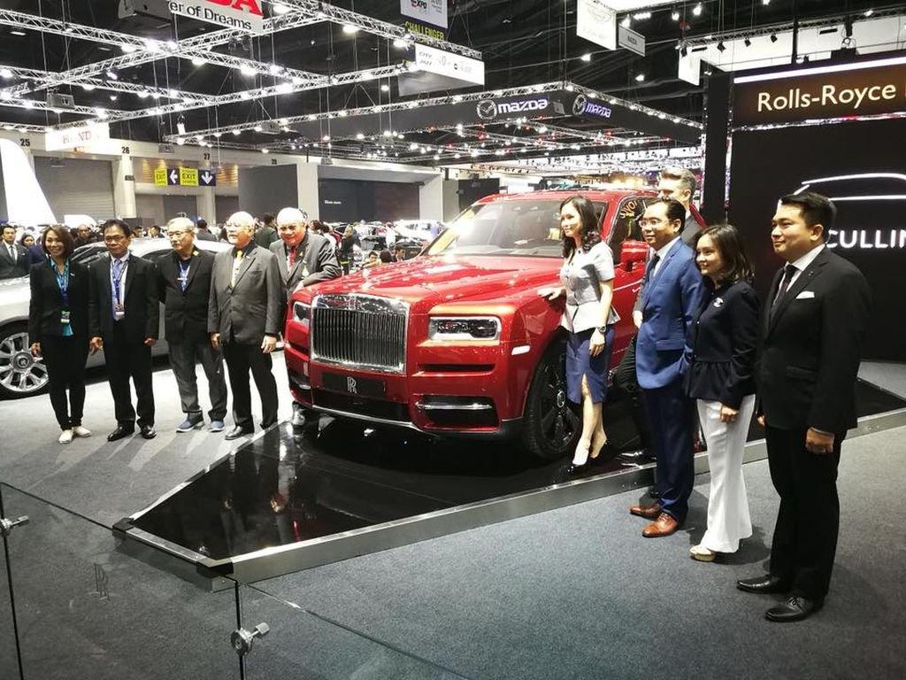 SUV Rolls-Royce Cullinan chốt giá 23 tỷ đồng tại Thái Lan a1