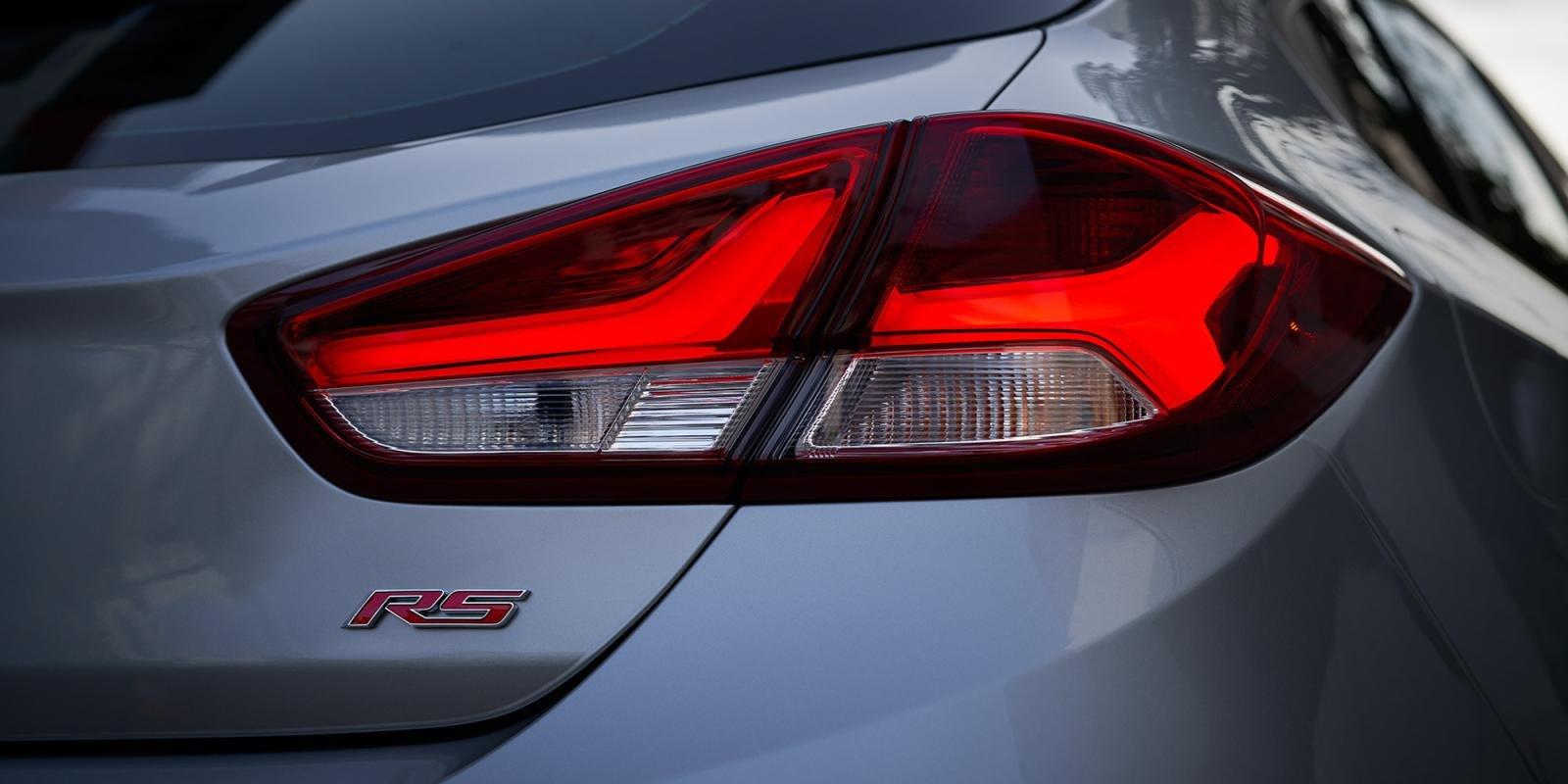 Chevrolet Cruze thế hệ mới âm thầm xuất hiện tại Việt Nam kèm giá bán a7