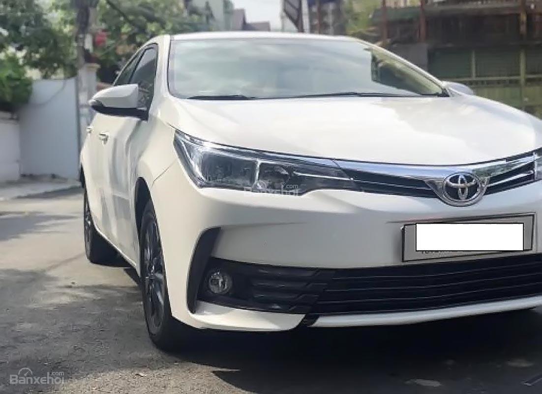 Cần bán xe Toyota Corolla altis 1.8E AT 2017, màu trắng (5)