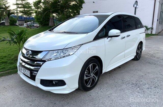 Bán Honda Odyssey xuất 2016 xe đẹp, nhập khẩu nguyên chiếc bản full đồ chơi, bao kiểm tra hãng (2)