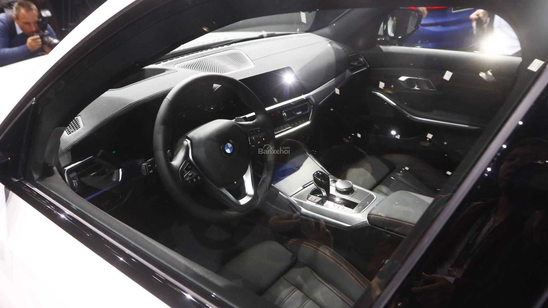 Đánh giá xe BMW 3-Series 2019 về hệ thống ghế ngồi/