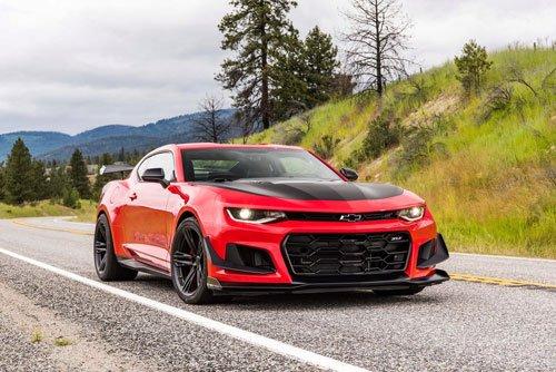 10 ô tô tăng tốc nhanh nhất giá dưới 100.000 USD: Chevrolet Corvette Z06 số 1 3.