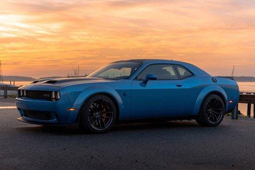 10 ô tô tăng tốc nhanh nhất giá dưới 100.000 USD: Chevrolet Corvette Z06 số 1 2.