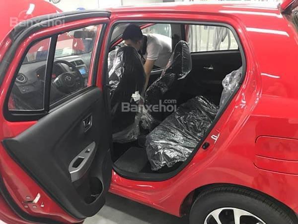 Hơn 400 triệu đồng, chọn xe Việt VinFast Fadil hay xe nhập khẩu Toyota Wigo? 19.