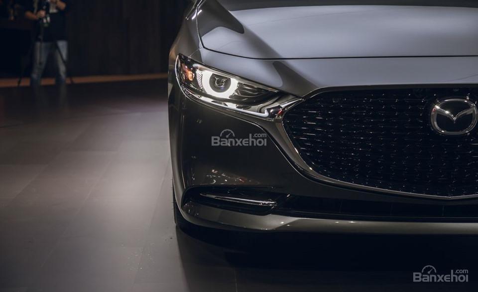 Đánh giá xe Mazda 3 2019: Lưới tản nhiệt.