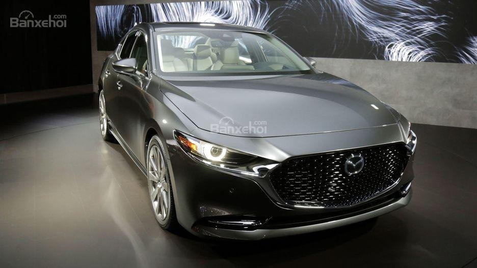Đánh giá xe Mazda 3 2019: Đầu xe.