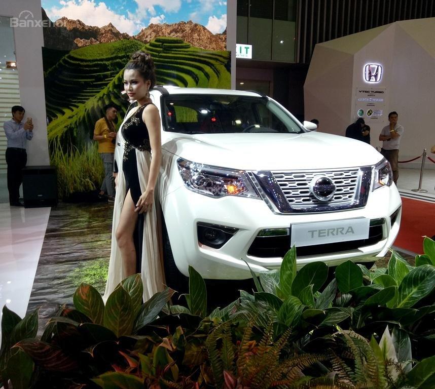 Nissan Terra 2019 chính thức xuất hiện tại Việt Nam đấu Toyota Fortuner a2