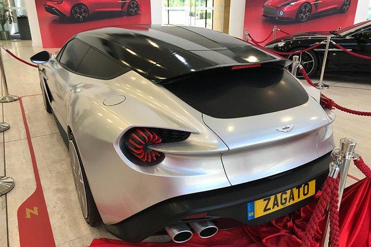 """Aston Martin Vanquish Zagato bản Shooting Brake """"siêu đẹp"""" lộ diện a3"""