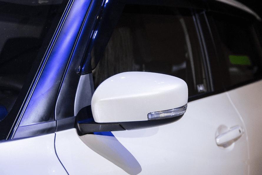 Ảnh chụp đèn pha xe Suzuki Swift 2019-2020