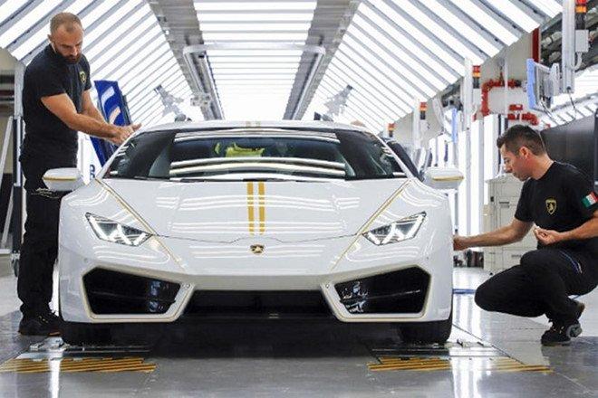 Cơ hội mua siêu xe Lamborghini Huracan của Giáo hoàng với giá 10 USD a2