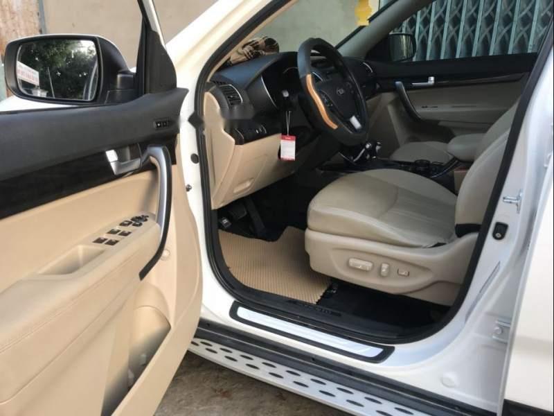 Cần bán Kia Sorento 2.4 năm sản xuất 2016, màu trắng (5)