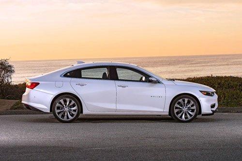 Top 10 xe hybrid chạy được xa nhất với mỗi lần sạc: Ram 1500 số 1 5.