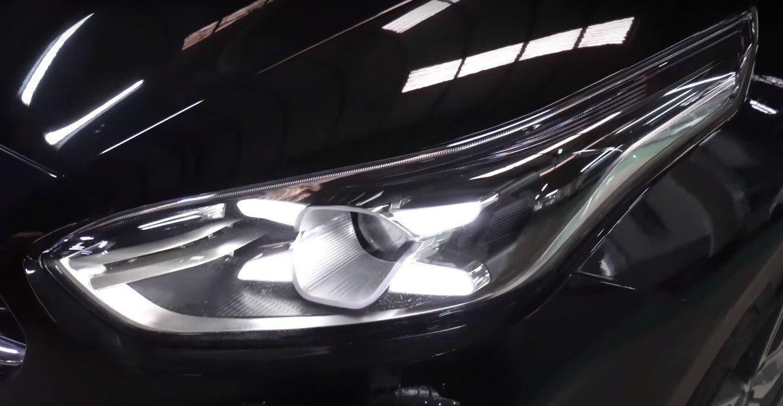 Ảnh chụp đèn xe Kia Cerato Premium 2.0L 2019