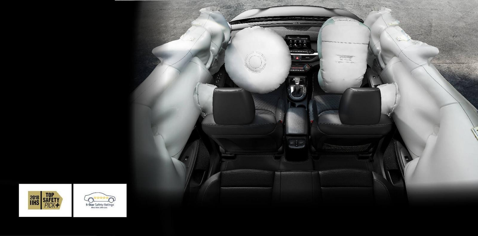 Ảnh chụp 6 túi khí xe Kia Cerato Premium 2.0L 2019