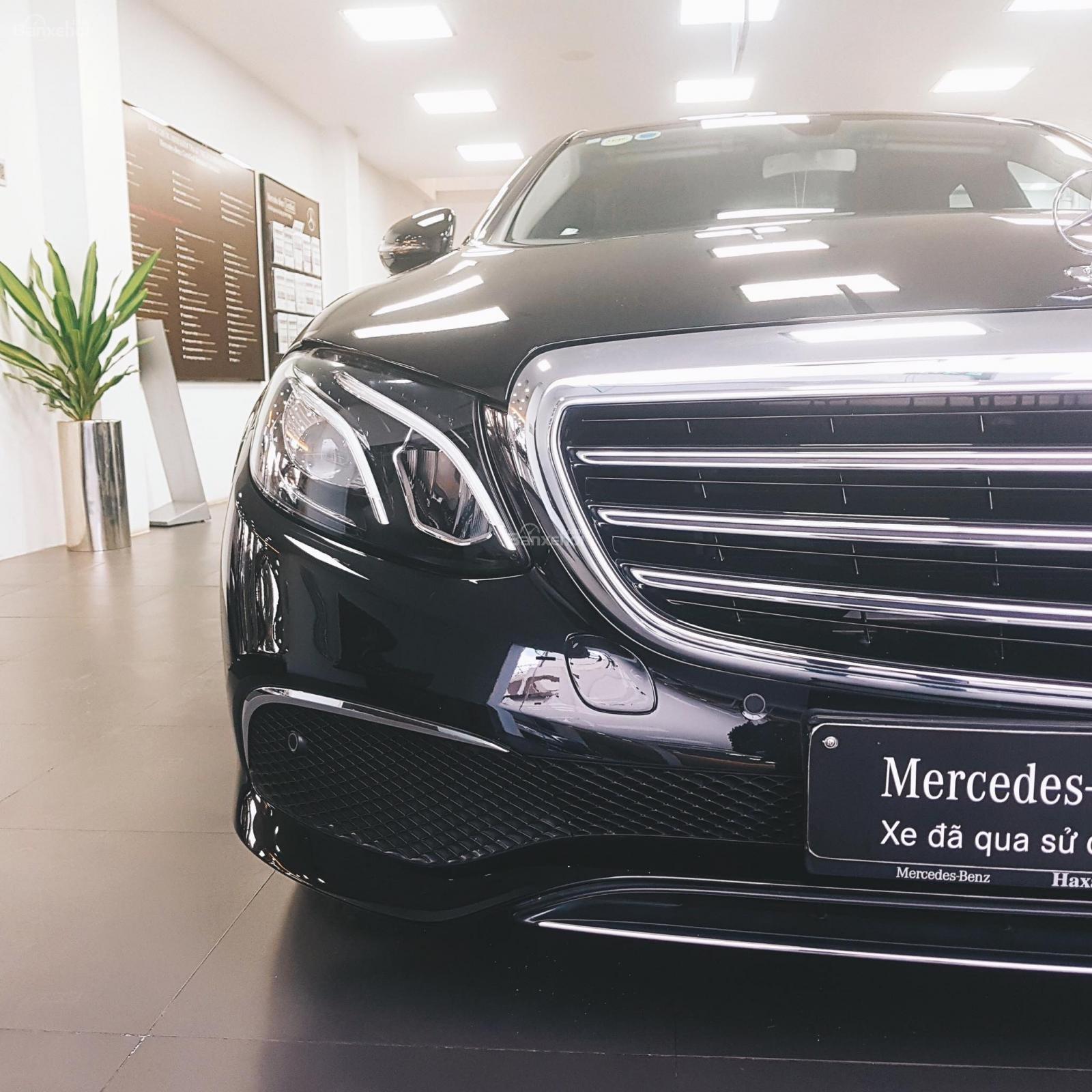 Cần bán Mercedes E200 2018 màu đen chính hãng, đã qua sử dụng-6