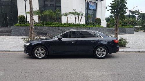 Gia đình bán Audi A4 2.0 AT đời 2017, màu đen, nhập khẩu -2