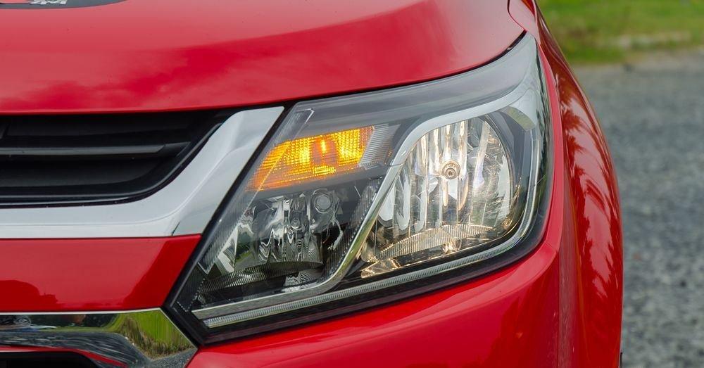 Đánh giá xe Chevrolet Colorado 2019 HighCountry: Đèn pha