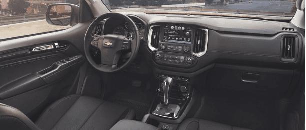 Đánh giá xe Chevrolet Colorado 2019 HighCountry về bảng táp-lô a1