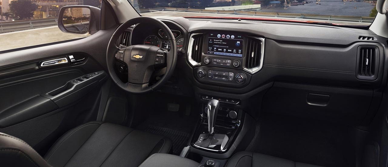 Chevrolet Colorado 2019 High Country sở hữu khoang nội thất xứng đáng với giá tiền a1