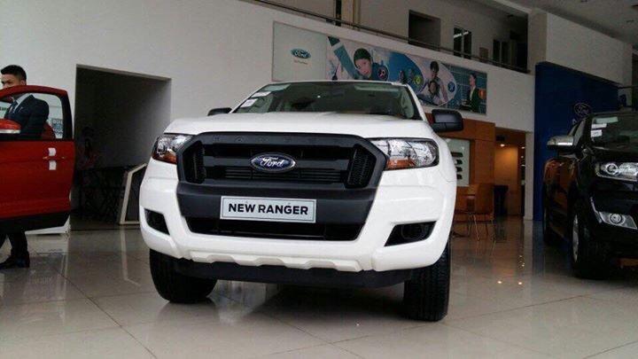 Ford Việt Nam bổ sung Ford Ranger XL 2.2L MT 4x4 giá 616 triệu đồng a2