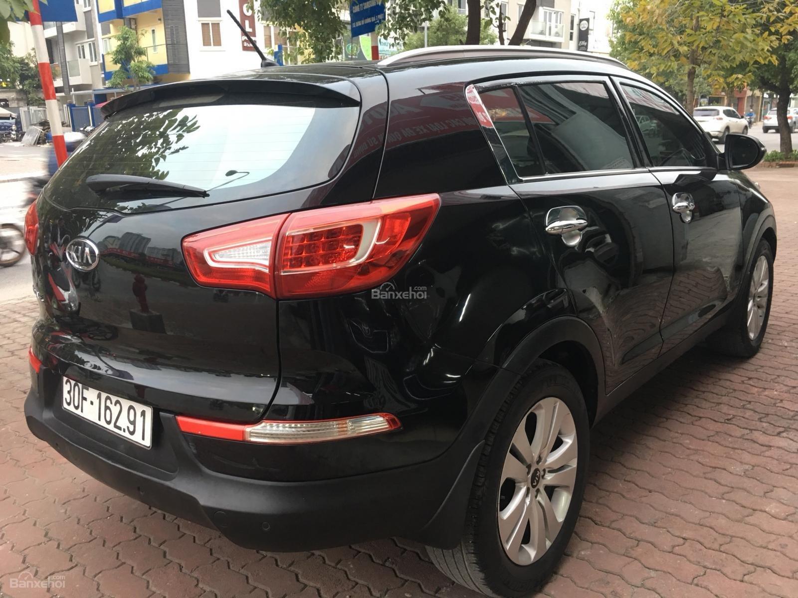 Bán Kia Sportage 2.0 AT sản xuất năm 2011, màu đen, nhập khẩu nguyên chiếc-1