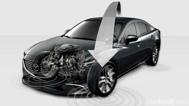 So sánh xe Mazda 3 2018 và Kia Cerato 2019 về động cơ.