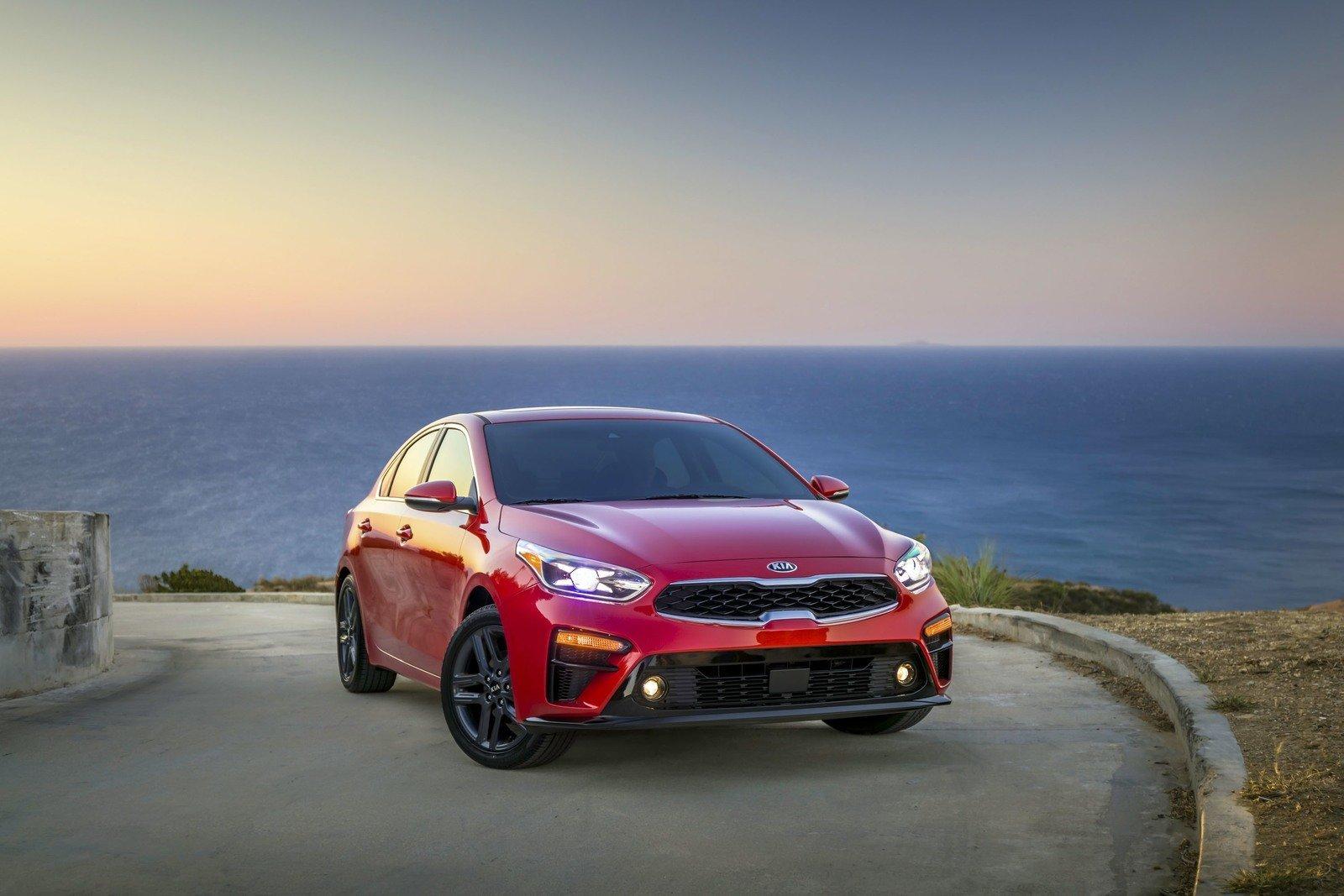 So sánh xe Mazda 3 2018 và Kia Cerato 2019 - Ảnh 3.