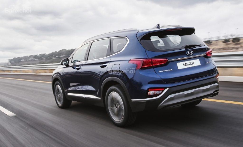 Hyundai Santa Fe hủy kế hoạch trang bị động cơ tăng áp diesel - 2