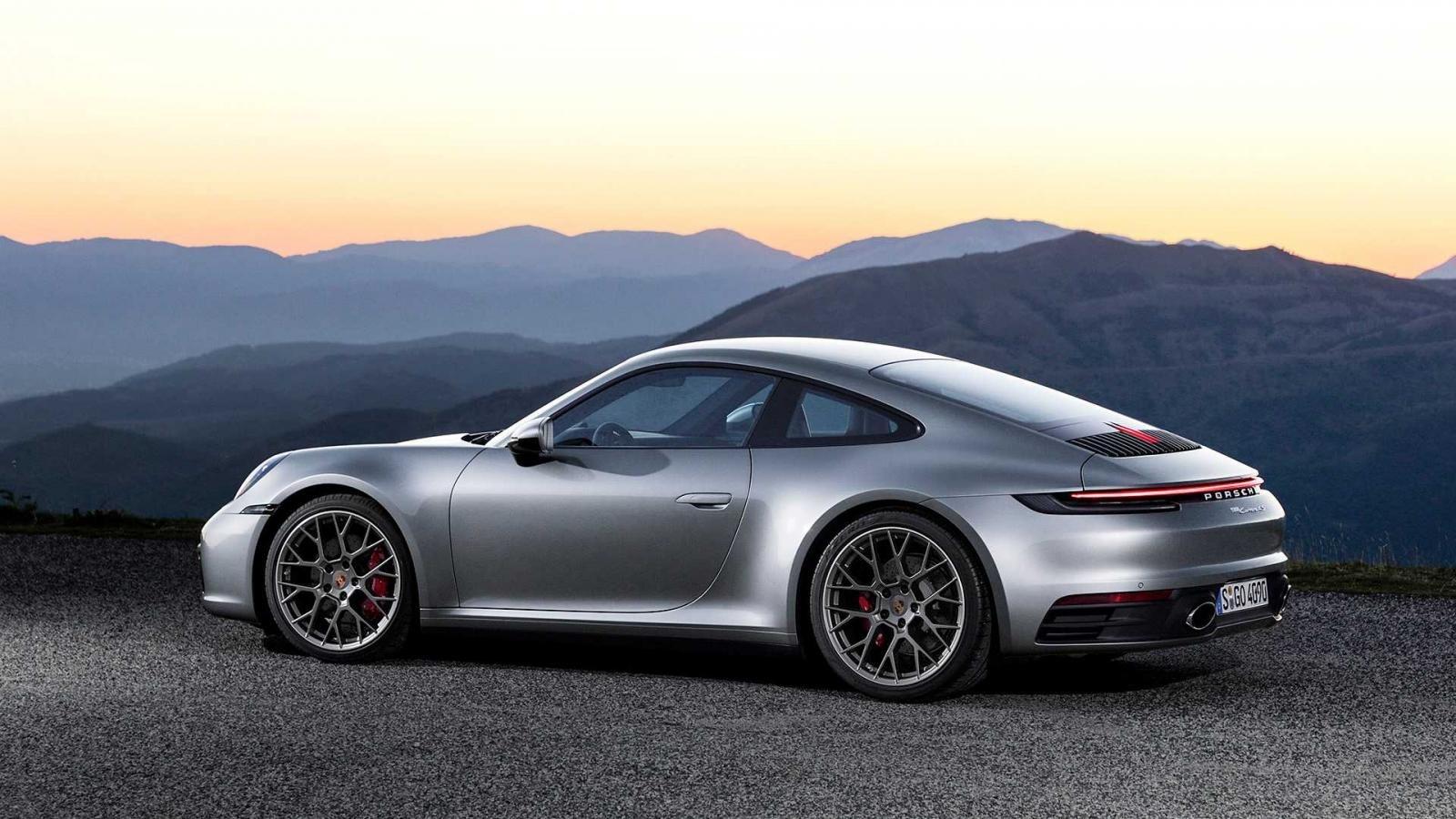 Porsche 911 thế hệ mới cải tiến những gì? a2