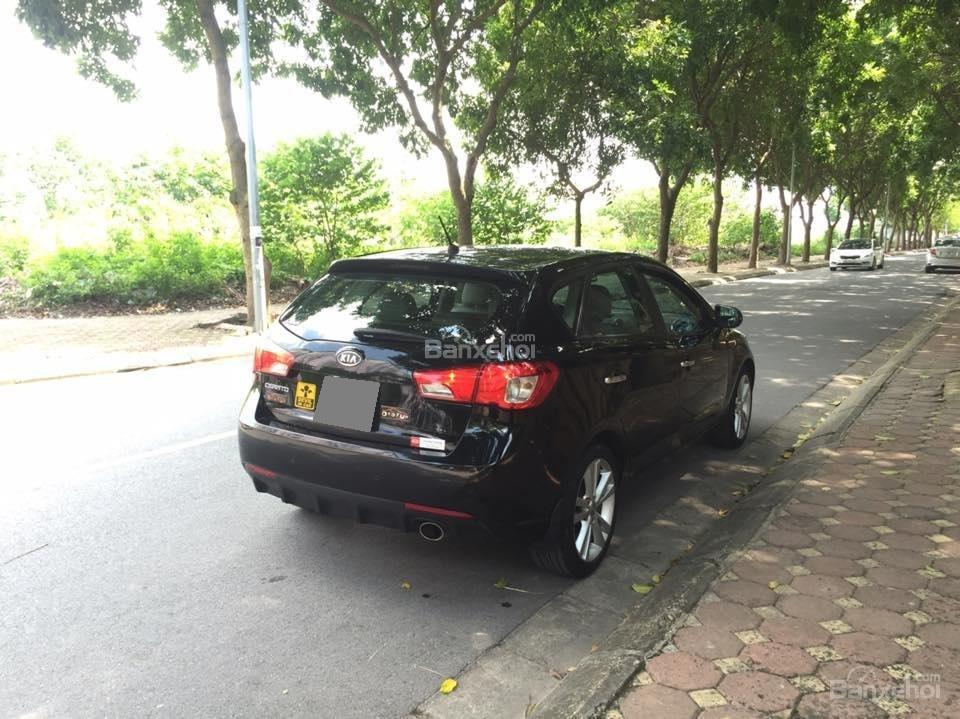 Bán Kia Cerato hatchback 2010 tự động 1.6, màu đen rất tuyệt-1
