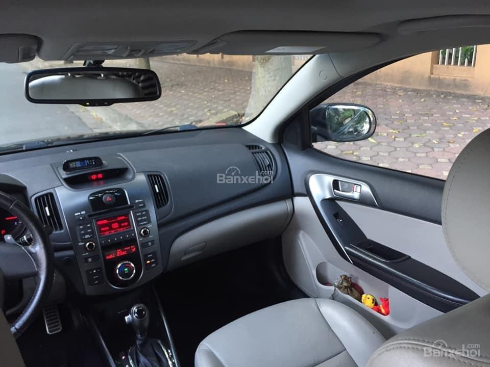 Bán Kia Cerato hatchback 2010 tự động 1.6, màu đen rất tuyệt-7