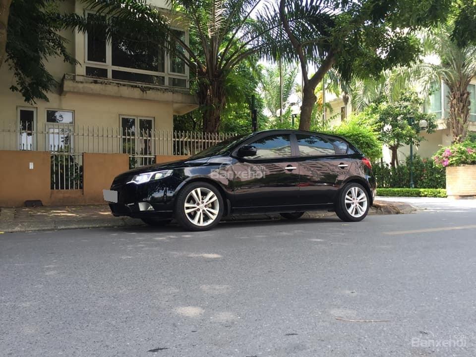 Bán Kia Cerato hatchback 2010 tự động 1.6, màu đen rất tuyệt-3