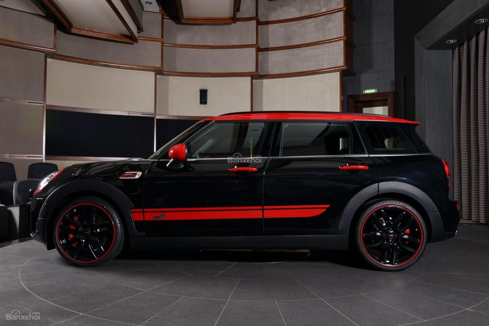Bán xe Mini Clubman John Cooper Work 2019, màu Midnight Black nhập khẩu từ Anh Quốc-2