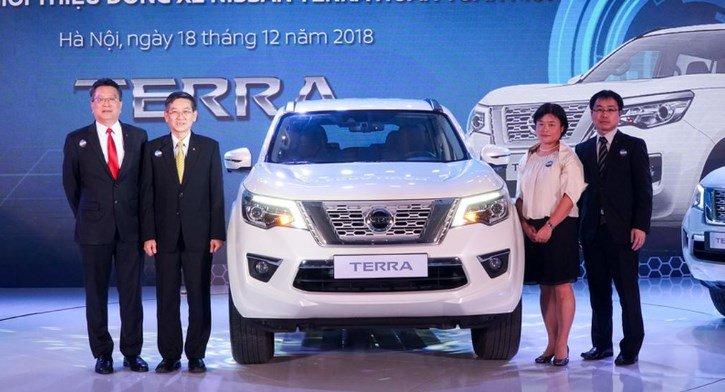 Giá lăn bánh Nissan Terra 2019 khởi điểm từ 1,1 tỷ đồng, cơ hội nào đấu Fortuner?.