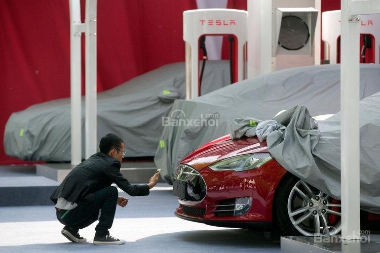 Trung Quốc giảm thuế nhập xe và phụ tùng, hãng xe Mỹ hạ giá bán - 3