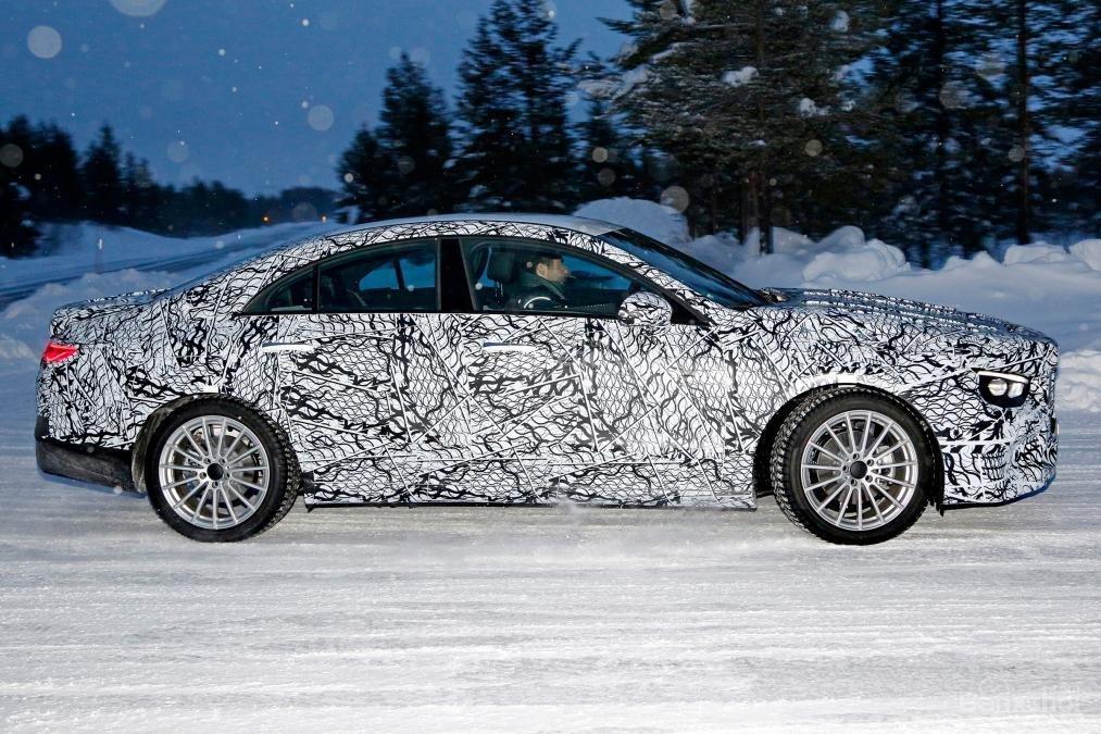 Mercedes CLA mới chính thức nhá hàng trước triển lãm CES - 2