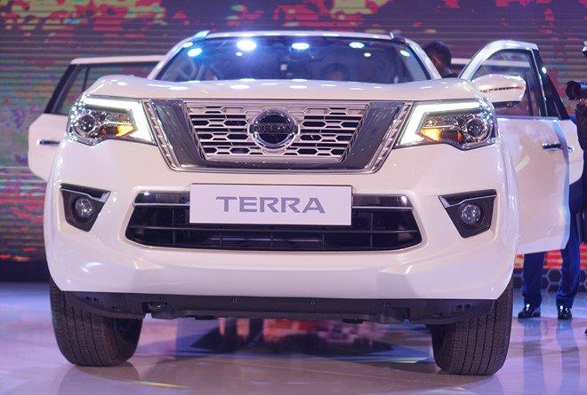 Vừa ra mắt, Nissan Terra 2019 đã giảm giá tại Việt Nam a2