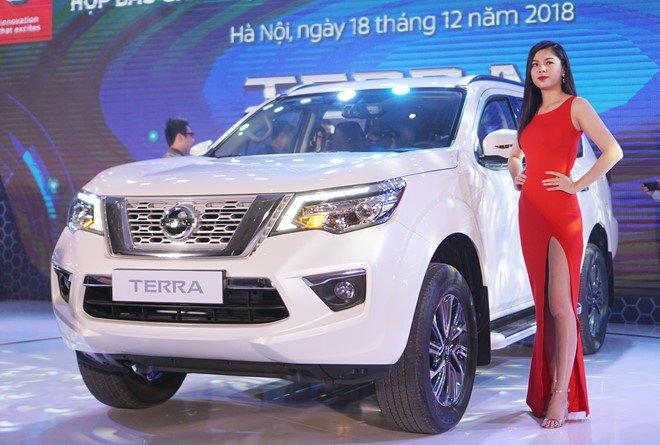 Vừa ra mắt, Nissan Terra 2019 đã giảm giá tại Việt Nam a1