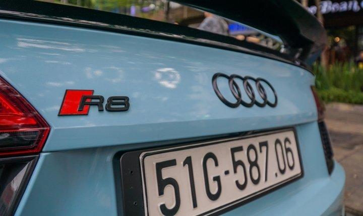 Bắt gặp Audi R8 V10 Plus màu độc của Cường Đô-la dạo phố Sài Gòn a18