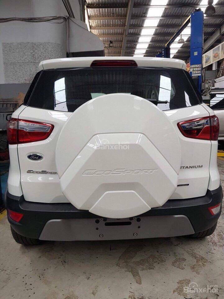 Ford Ecosport 2018 new, hỗ trợ vay 85%, LS 0.6%, LH: 090909.9106-13
