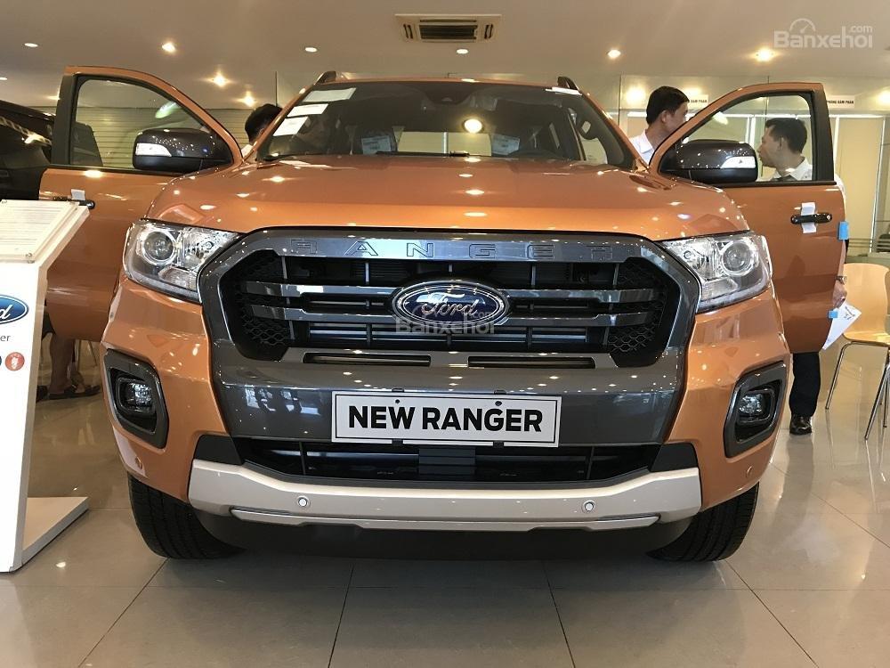 Ford Ranger 2019 new, tặng nắp thùng + Bảo hiểm, hỗ trợ vay 85% - liên hệ: 0909099106-0