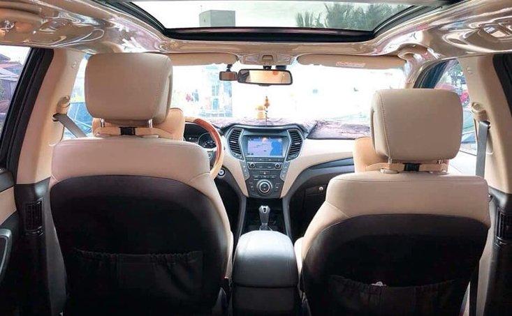 Dùng gần 1 năm, Hyundai SantaFe đời 2018 rao bán với mức giá hơn 1,2 tỷ đồng 4.