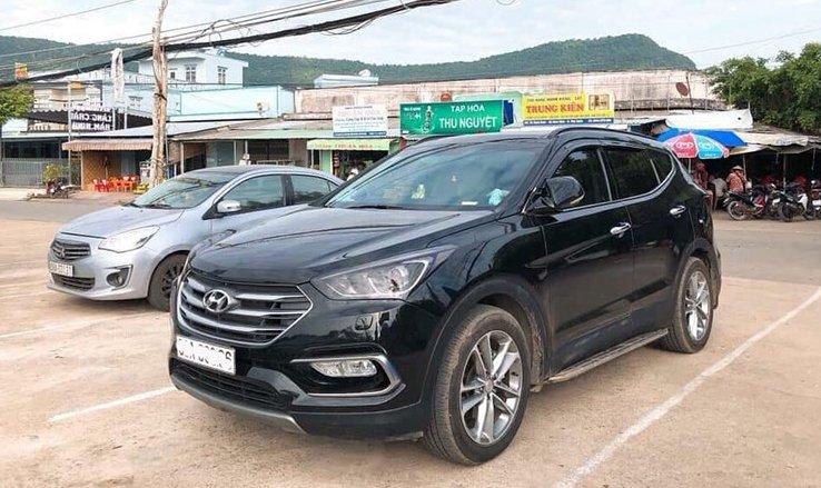 Dùng gần 1 năm, Hyundai SantaFe đời 2018 rao bán với mức giá hơn 1,2 tỷ đồng 8.
