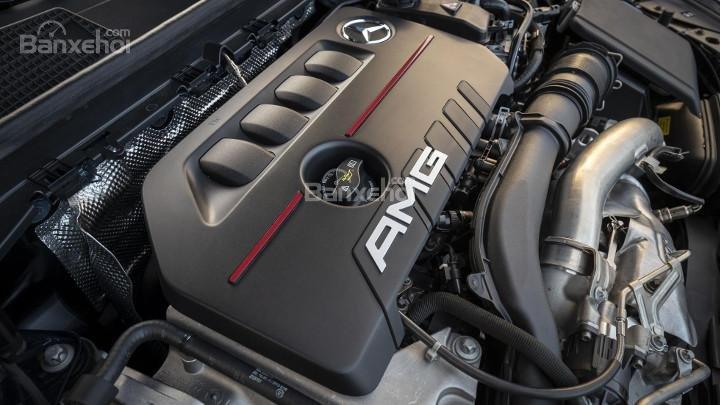 Động cơ xe Mercedes-AMG A35 2019